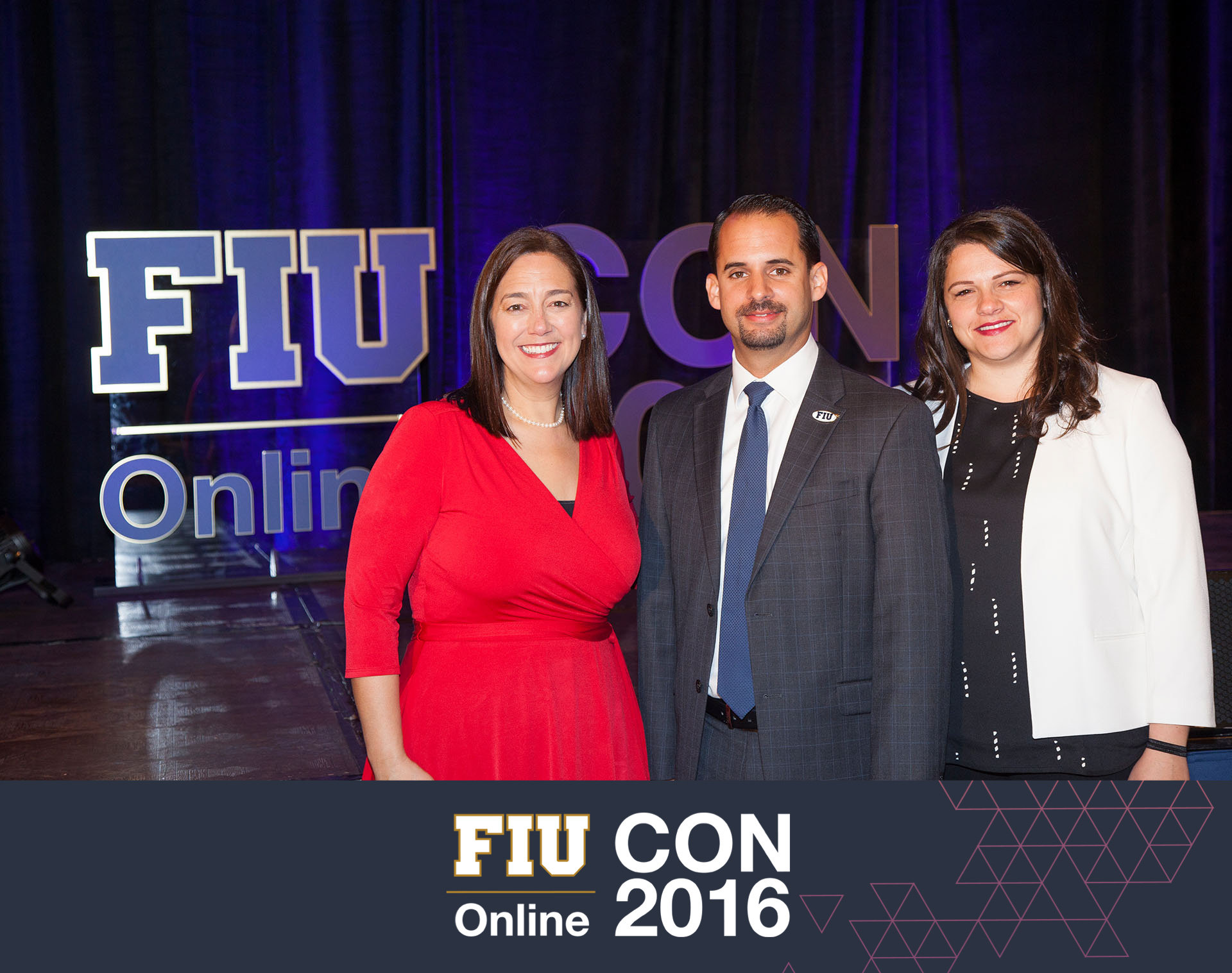 147.jpg FIU Online conference photos